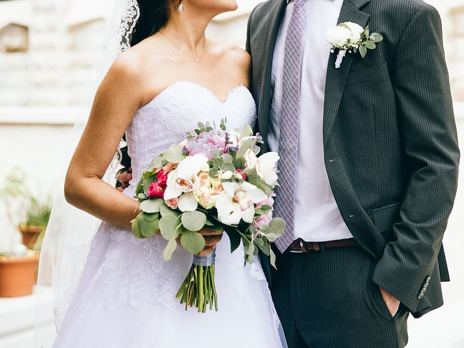 flowers-couple-love-wedding-5029734